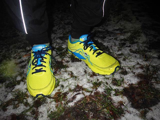 Karhu flow3 Trainer i snö